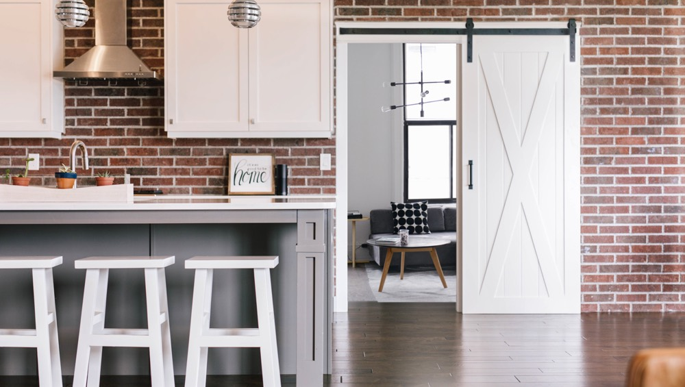 Sunburst Is Orlandou0027s Home For Stylish Barn Doors