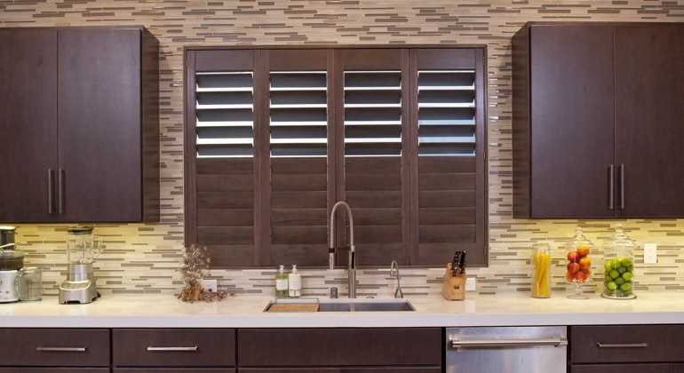 Orlando cafe kitchen shutters
