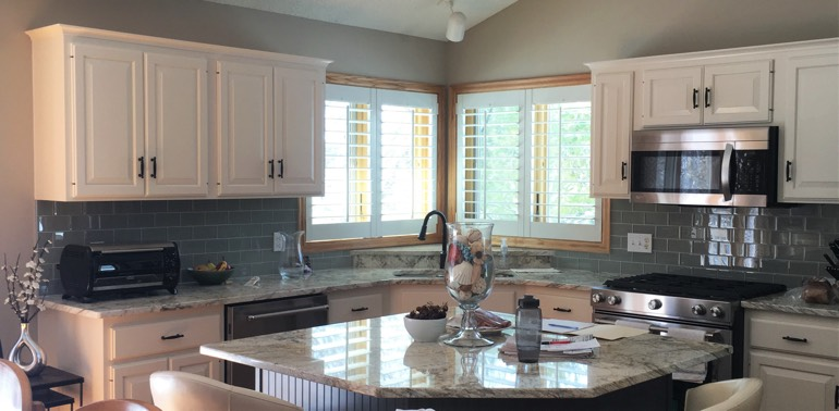 Orlando kitchen with shutters and appliances