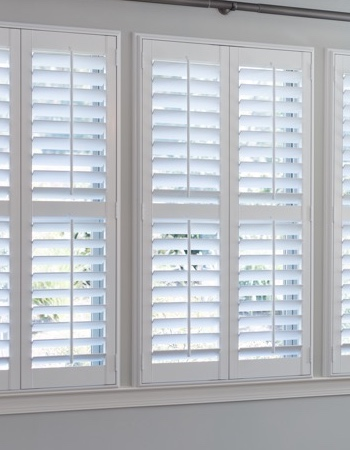 Hidden tilt rod shutters on Orlando windows